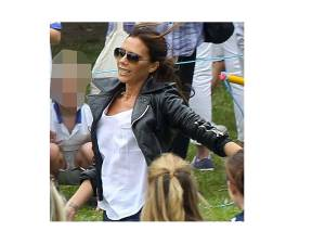 Even Victoria Beckham takes part in the mums' race (picture: showbizgeek.com)